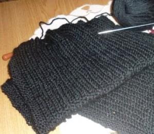 шарф из черной пряжи (2)