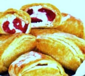 пирожки с черешней слоеные с творогом