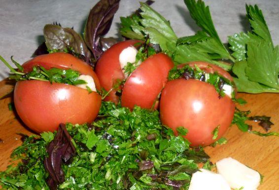 фаршированные помидоры в банках (1)